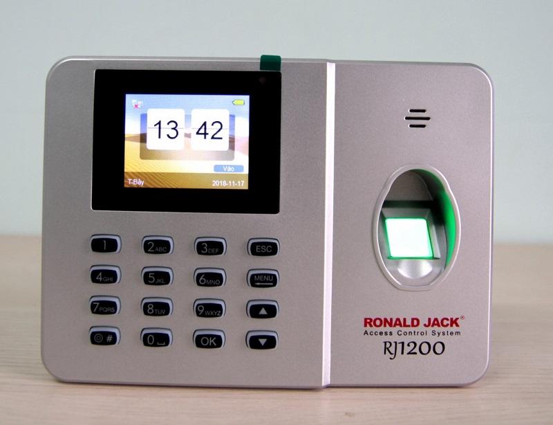 Máy chấm công Ronald Jack là thương hiệu đến từ Malaysia