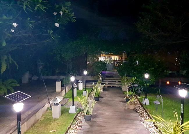 Ngay cả khi mất điện, đèn cũng có thể chiếu sáng cả đêm