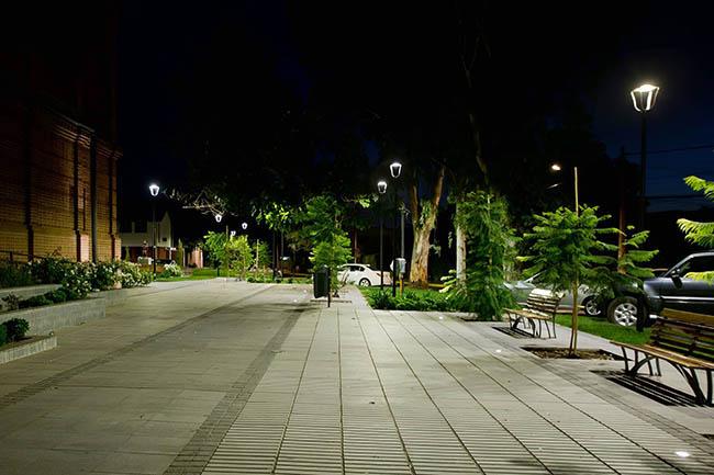 Ứng dụng đèn led năng lượng mặt trời tại công viên