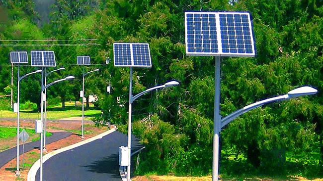 Lắp đèn đường năng lượng mặt trời là giải pháp tiết kiệm tiền điện hiệu quả