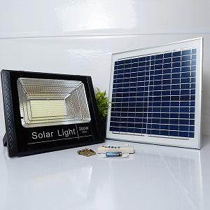 Đèn năng lượng mặt trời 200w giá bao nhiêu